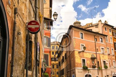 Typická ulice ve staré části Řím, Itálie