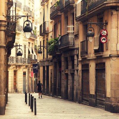 Ulice v gotické čtvrti v Barceloně.