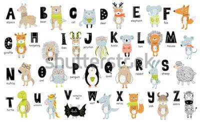 Obraz Vektorové plakát s písmeny abecedy s kreslenými zvířaty pro děti ve skandinávském stylu. Ručně kreslenou grafické zoo písmo. Ideální pro kartu, štítek, brožura, leták, stránky, banner design. ABC.