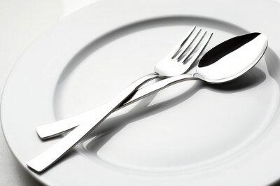 Obraz vidlička a lžíce na bílé desce
