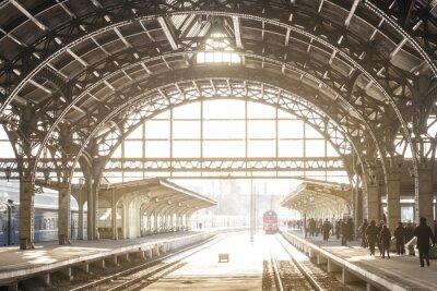 Obraz Vintage vlaková stanice s kovovou střechou