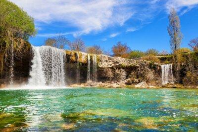 Obraz Vodopády řeky Jerea v Pedrosa de Tobalina, v provincii Burgos, Španělsko