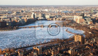 Výhled na řeku Charles v Bostonu, USA.