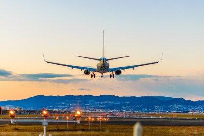 Obraz 飛行 場 の 着陸