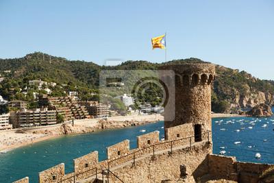 Zámek v Tossa de Mar, Španělsko.