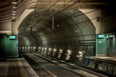 Obraz železniční stanice a tunel