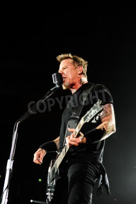 Plakát 24 April, 2010 - Moscow, Russia - American rock band Metallica performing live at Olimpiysky stadium.