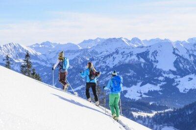 Plakát A Skupina lyžařské třídy GT před Traumkulisse Allgäu Alpy