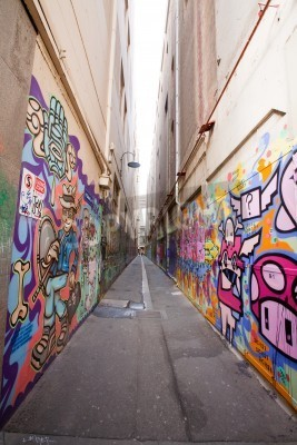 Plakát Alley in Melbourne with many graffiti at the wall