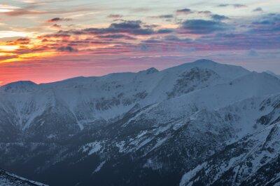 Plakát Barevné horské slunce panorama v zimě v západních Tatrách