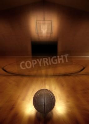 Plakát Basketbal na podlaze prázdného basketbalového hřiště