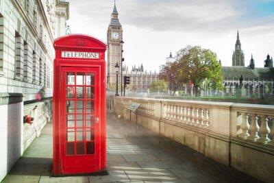 Plakát Big Ben a červené telefon cabine v Londýně