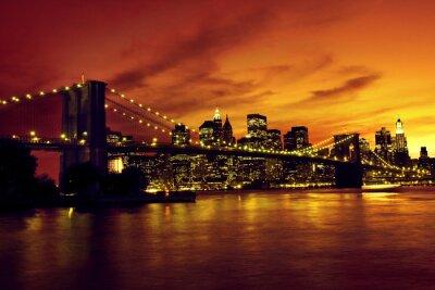 Plakát Brooklyn Bridge a Manhattan při západu slunce, New York