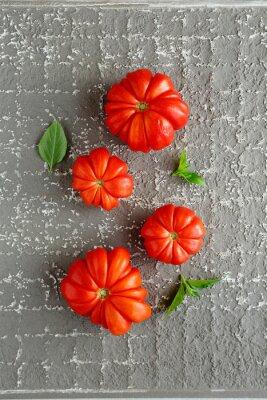 Plakát červená rajčata na šedém pozadí