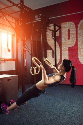 Plakát CrossFit cvičení na kroužku
