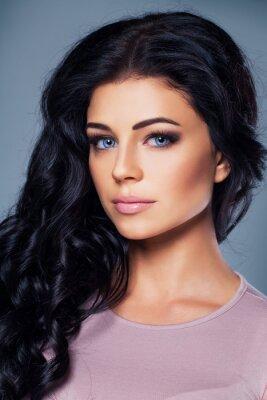 Plakát Cute fashion model s zdravou kůži a vlasy