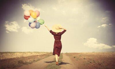 Plakát dívka s pestrými balónky a tašky