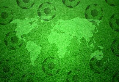 Plakát Fotbal louky s mapou světa a fotbalové míče vzorem.