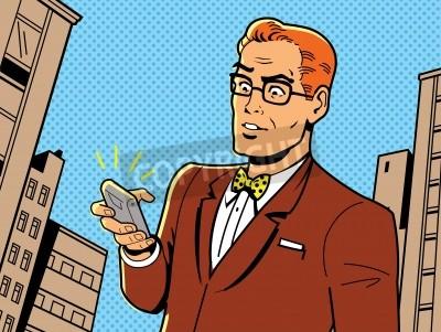 Plakát Ironic Ilustrace retro 1940 nebo 1950 muž s brýlemi, motýlek a moderní smartphone