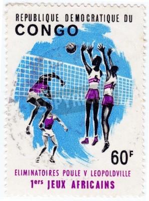 Plakát Kongo - cca 1975: Razítko vytištěn v Kongu ukazuje, sportovci valleyball, circa 1975