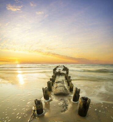 Plakát Krajobraz morski-falochron i zachód słońca
