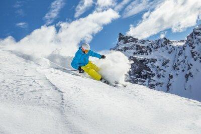 Plakát Lyžař lyžování sjezdové ve vysokých horách
