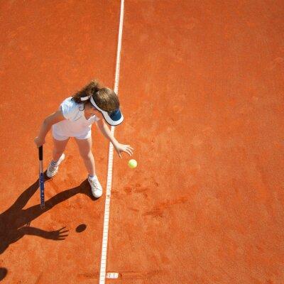 Plakát Malý tenisový mistr připravuje sloužit