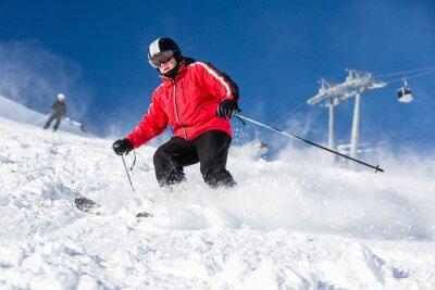 Plakát Muž lyžař lyžování v Ski Resort