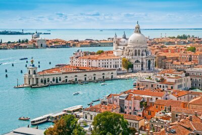 Plakát Panoramatický antény panoráma benátský s Santa Maria della Salute kostela, Veneto, Itálie