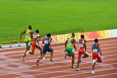 Plakát Peking, Čína - 18.srpna 2008: olympijský vítěz Usain Bolt stezky smečku před nastavením nový světový rekord