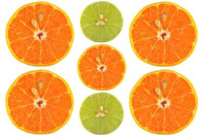 Plakát Půlky pomeranče a vápno na bílém pozadí