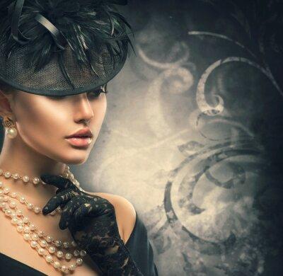 Plakát Retro žena portrét. Vintage styl dívka, která nosí staromódní klobouk
