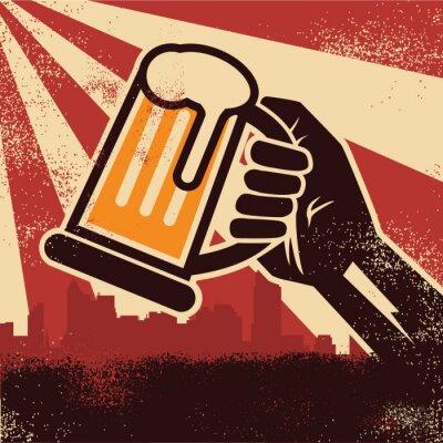 Plakát Ruka držící pivo sedíš plakát