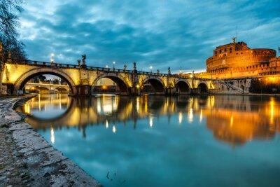 Plakát S.Angelo most a hrad, Řím, Itálie
