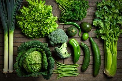 Plakát Složení de légumes uniquement Verts sur une tabulka en bois