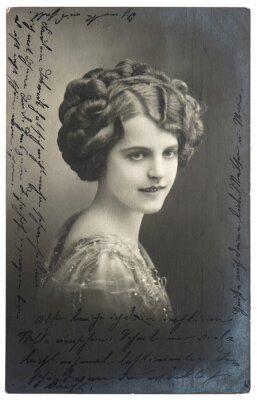 Plakát starý sépie fotografie mladé ženy