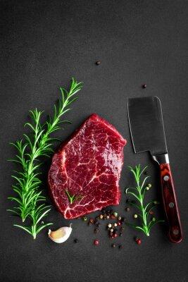 Plakát syrové hovězí steak
