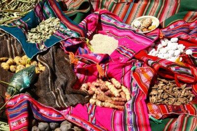Plakát Traditionelles Essen auf den Uros ostrovy - Titicacasee, Peru