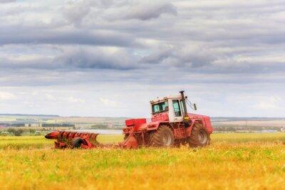 Plakát Traktor na poli