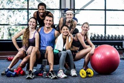 Plakát Usměvavý fitness třídu představují společně