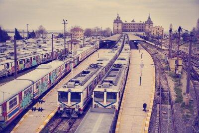 Plakát Vintage pohled na nádraží Hardarpasa s nevyužitých starých graffiti vlaků na nepoužívané linky v Istanbulu