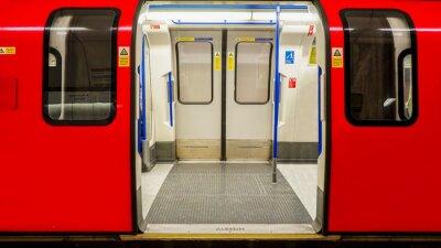Plakát Vnitřní pohled londýnského metra, stanice metra