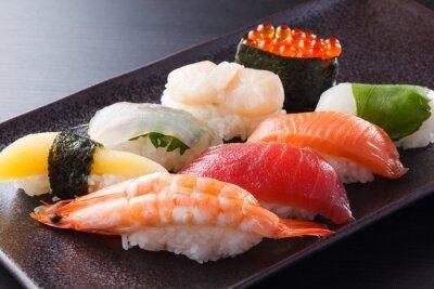 Plakát に ぎ り 寿司 の 盛 合 せ