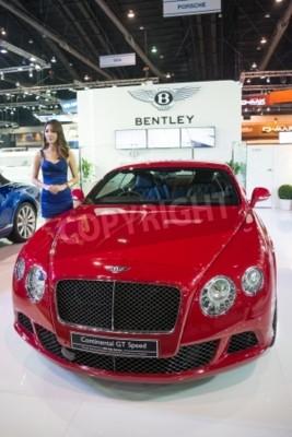 Plakát BANGKOK - listopad 28: Bentley Continental GT Speed na displeji na 30. Thailand International Motor Expo 2013 v Bangkoku v Thajsku.