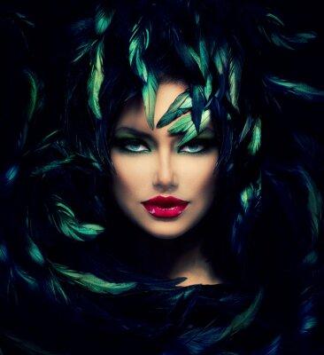 Plakát Záhadná žena portrét. Krásný model žena tvář closeup